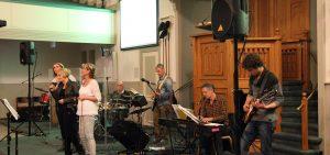 Dienst met praiseband Revival @ Baptistengemeente Roden | Nieuw-Roden | Drenthe | Nederland